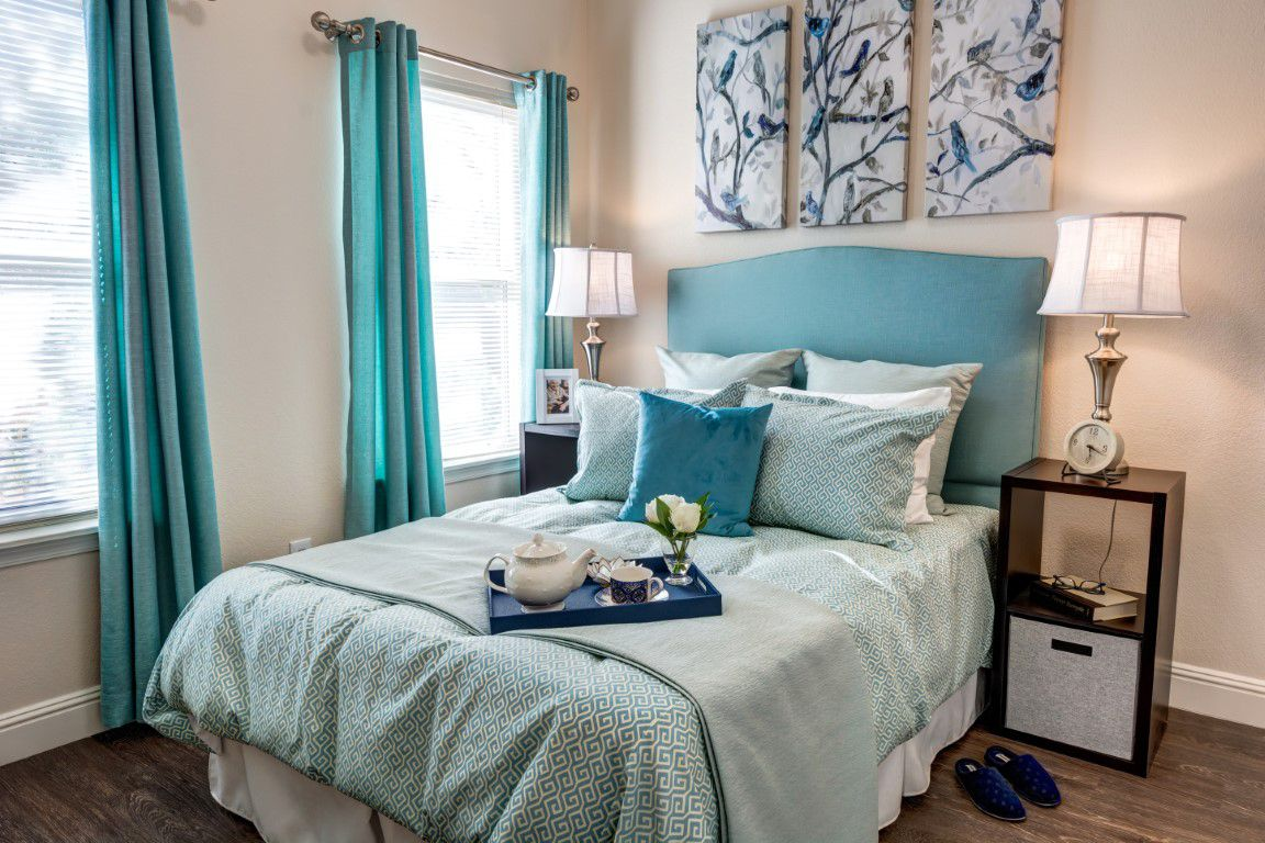 Broadway Mesa Village | Bedroom