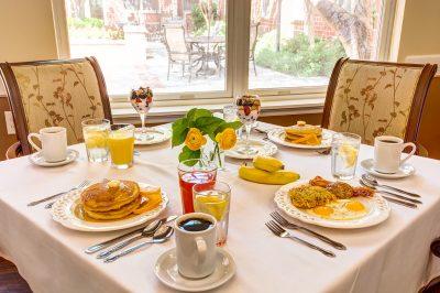 Broadway Mesa Village   Dining table