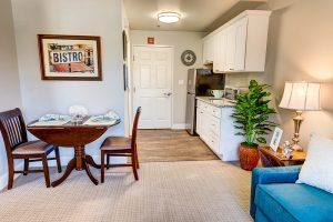 Creston Village | Kitchen and Dining Room