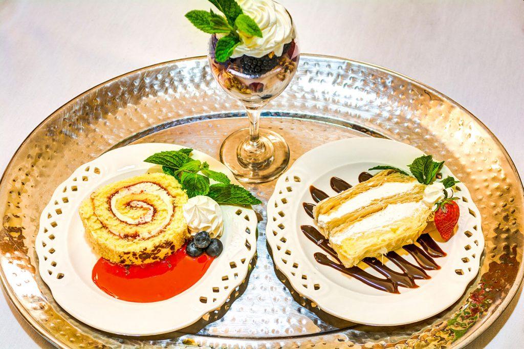 Dunwoody Place | Dessert plates