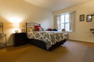 Elk Grove Park | Bedroom