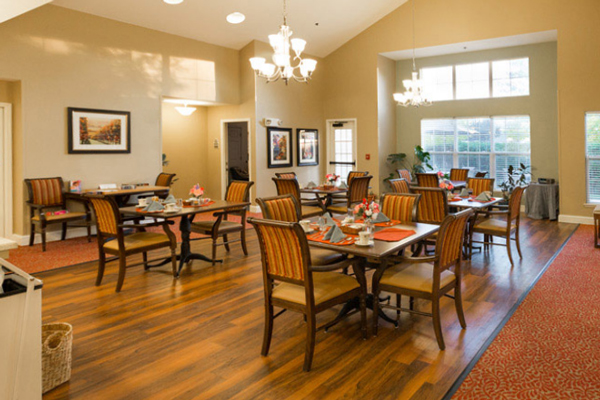 Elk Grove Park | Dining Hall