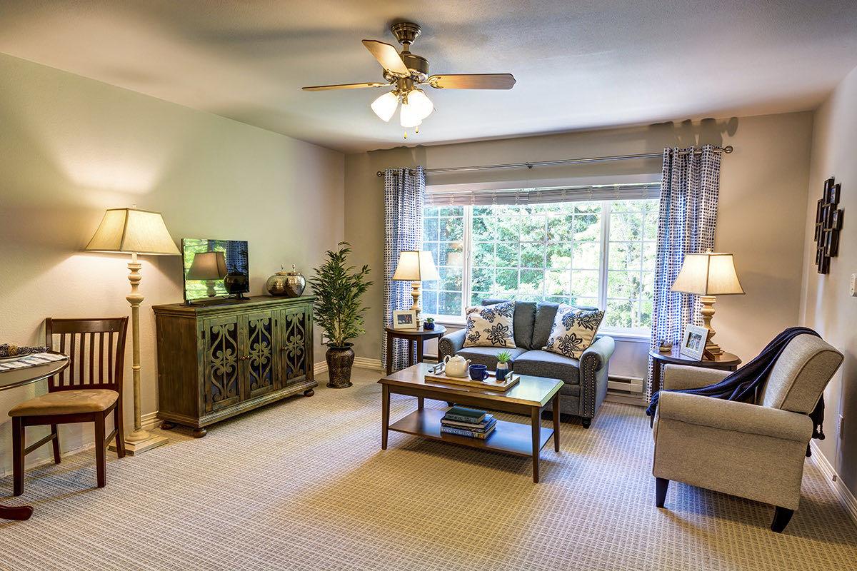 Gig Harbor Court | Living Room