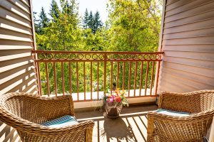 Gig Harbor Court | Outdoor Patio