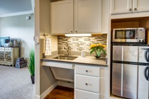 Glenwood Village of Overland Park | Kitchen