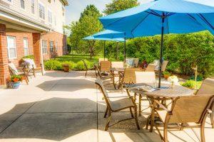 Glenwood Village of Overland Park | Outdoor Patio