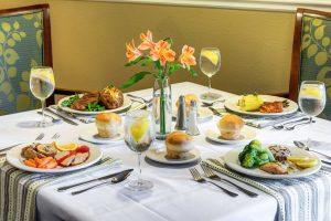 set dining table at Glenwood Village of Overland Park, KS