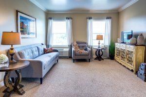Glenwood Village of Overland Park | Living Room