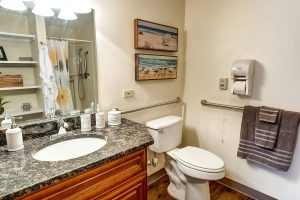 Historic Roswell Place | Bathroom