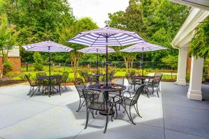 Historic Roswell Place | Dining Patio