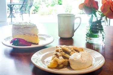 Historic Roswell Place | Pies