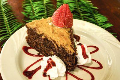 Laketown Village | Dessert Plate