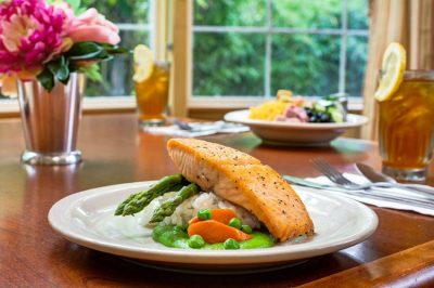 Lakeview of Kirkland | Salmon and vegetables