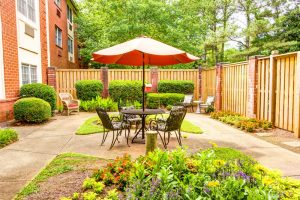 Magnolia Place of Roswell | Patio