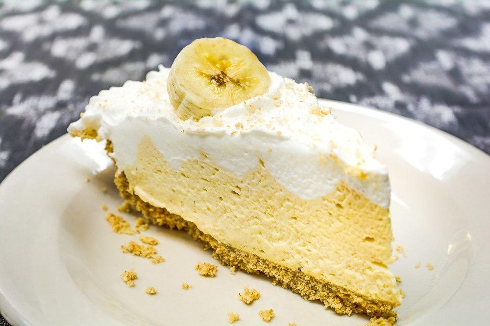Magnolia Place of Roswell   Banana cream pie