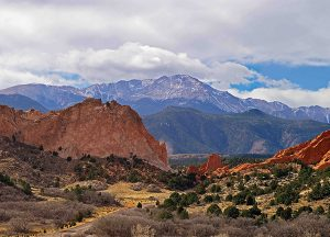 The Courtyards at Mountain View | Local Colorado Garden of the Gods