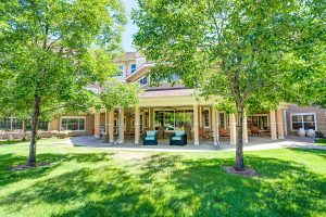 The Courtyards at Mountain View | Outdoor Entrance