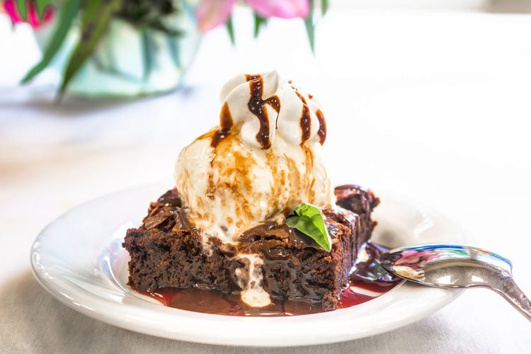 The Gardens at Marysville | Brownie with ice cream