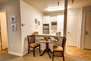 The Oaks at Inglewood | Kitchen and Dining Room
