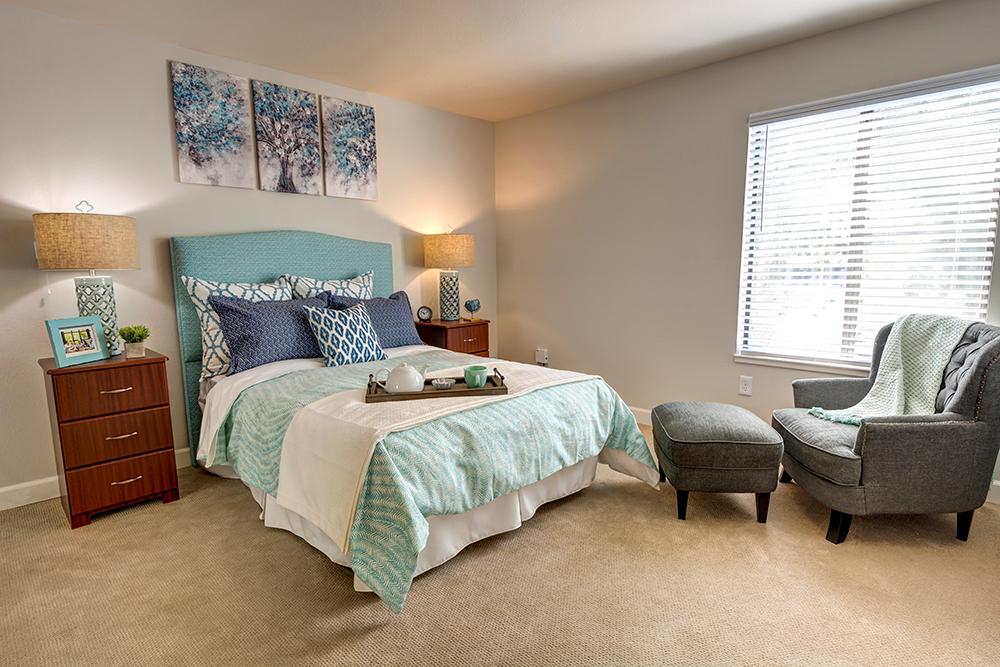 The Oaks at Inglewood | Bedroom