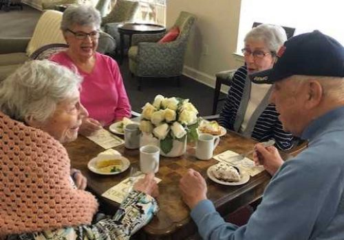 The Renaissance of Florence | Residents eating at table