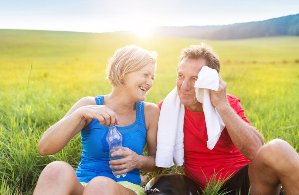 The Rivers at Puyallup | Senior couple staying cool outdoors