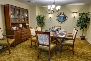 Whispering Winds of Apple Valley   Dining Room
