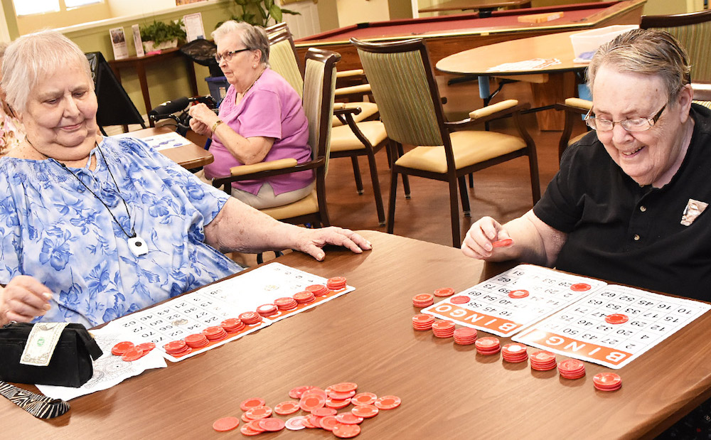 Pegasus Senior Living | Seniors playing Bingo