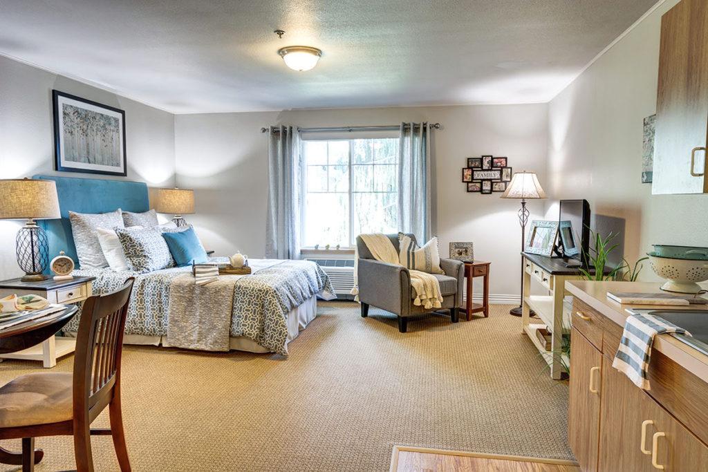 Lakeview of Kirkland | Bedroom