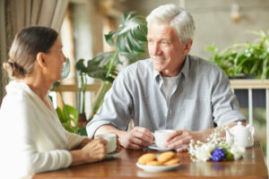 Pegasus Senior Living | Seniors in dining room